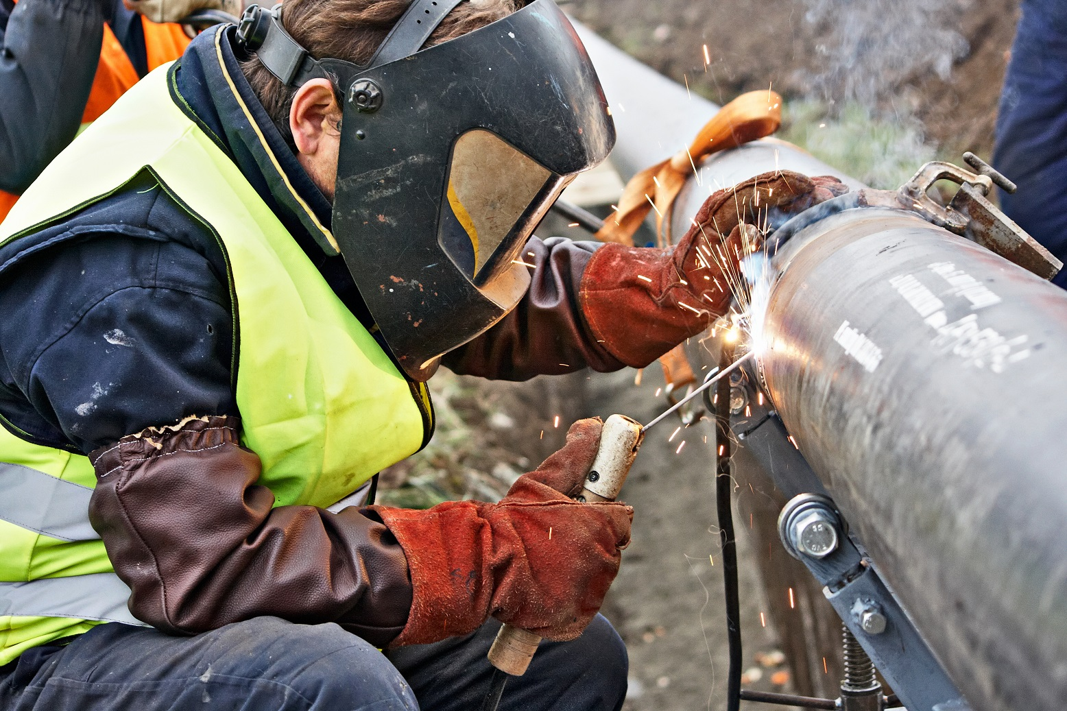 Collection of images of welders (7)_result_result